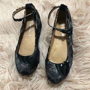 Jeffrey Campbell Beebee-V platform shoes